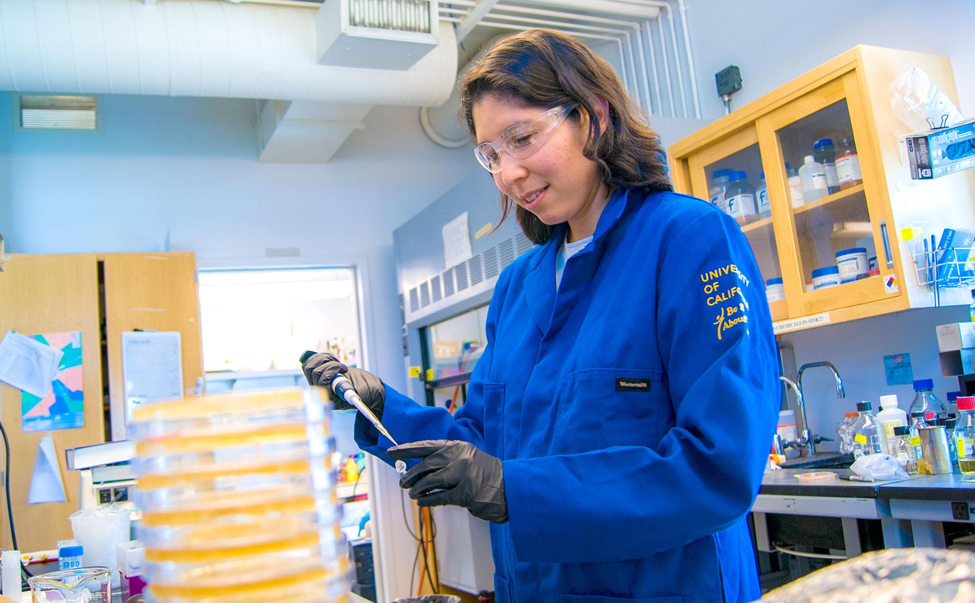 Michi Taga in the lab